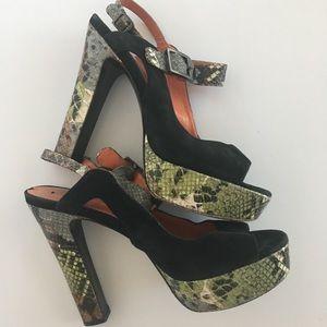 Via spiga platform sandal snakeskin and suede